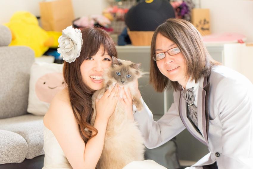 猫と一緒に記念写真を撮影できる出張タイプの写真スタジオ【ペットショット】cat-photo002