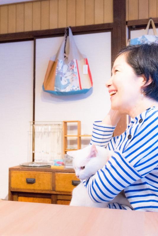 猫と一緒に記念写真を撮影できる出張タイプの写真スタジオ【ペットショット】cat-photo-0100