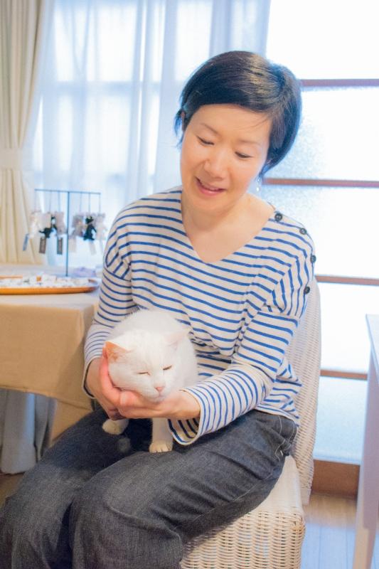猫と一緒に記念写真を撮影できる出張タイプの写真スタジオ【ペットショット】cat-photo-0170